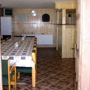 Společenská místnost v Chatě Na Sklace